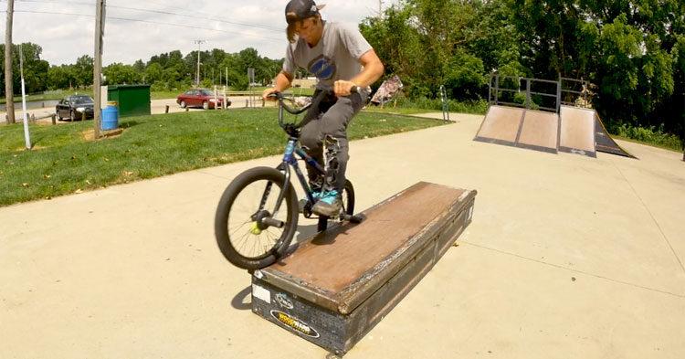 Brant Moore – BMX Grinding Basics