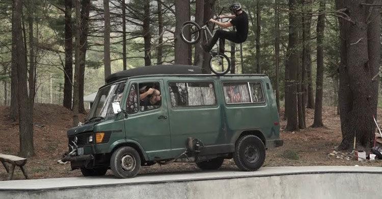 S&M Bikes – Clint Reynolds VS The Fufanu