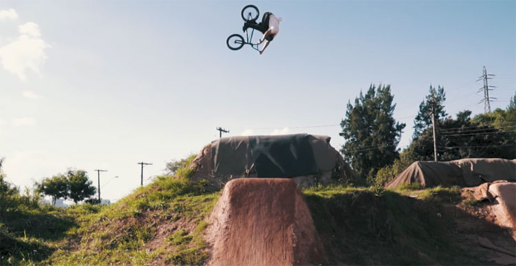 Monster Energy Leandro Moreira Caracas Trails