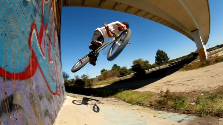 Joao Soares Mutant Bikes BMX video