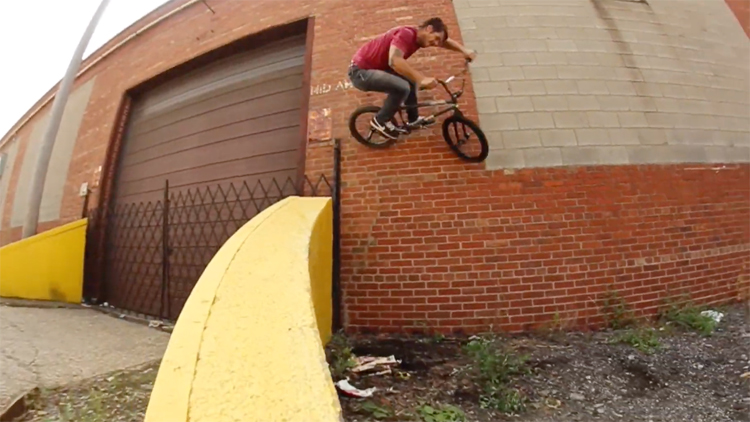 Joel Sutton Mike's Bike Park BMX Vide
