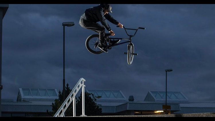 Colin Varanyak BMX video