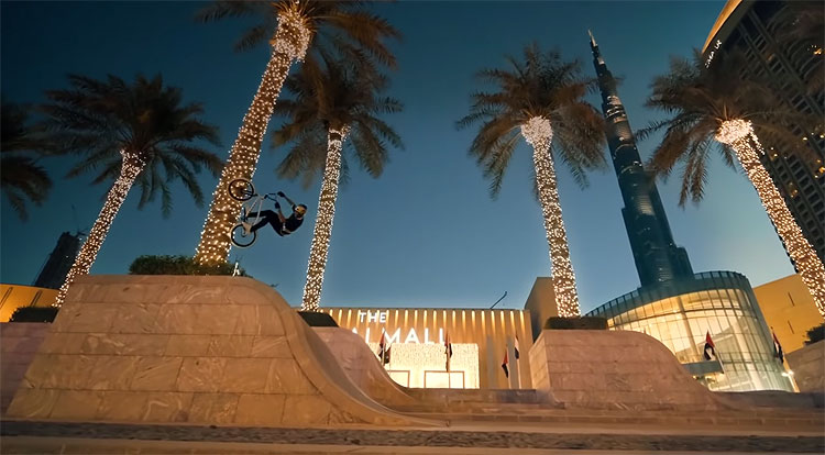 Red Bull Kriss Kyle In Dubai BMX video