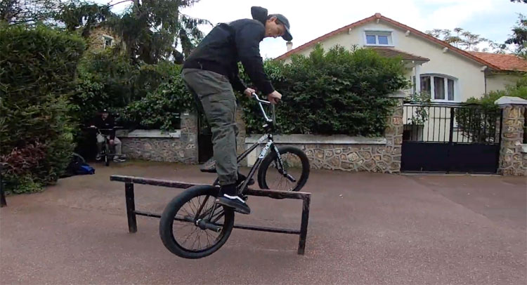 Paris Street Session PJ Martini Sam Merle BMX video