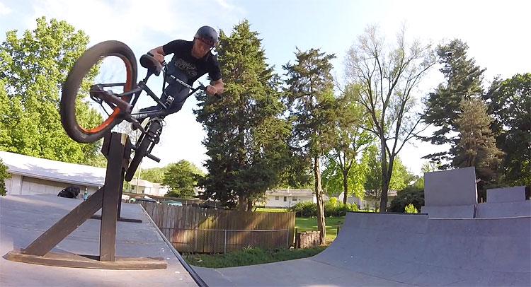 Billy Woodfin Backyard Ramp BMX video