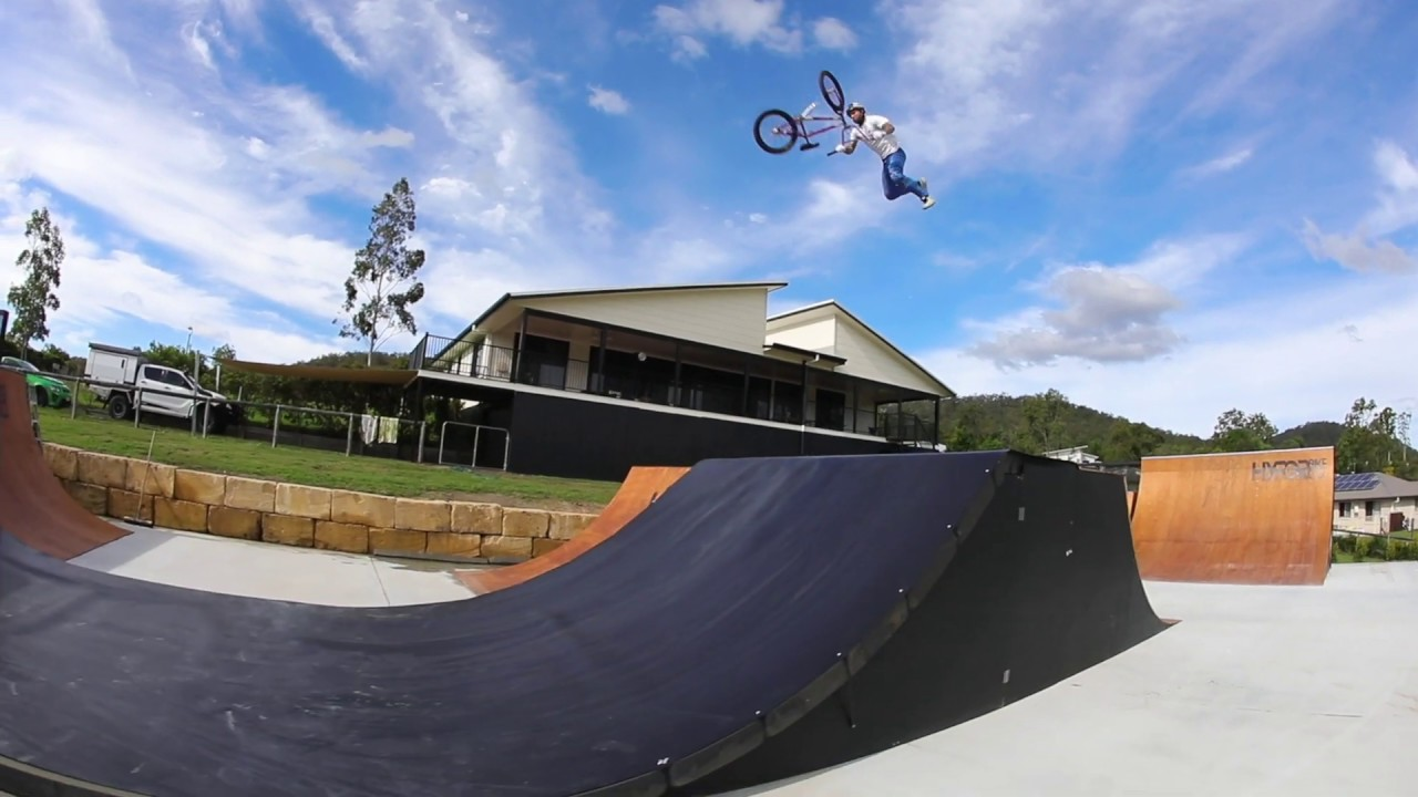 Logan Martin Backyard Session BMX