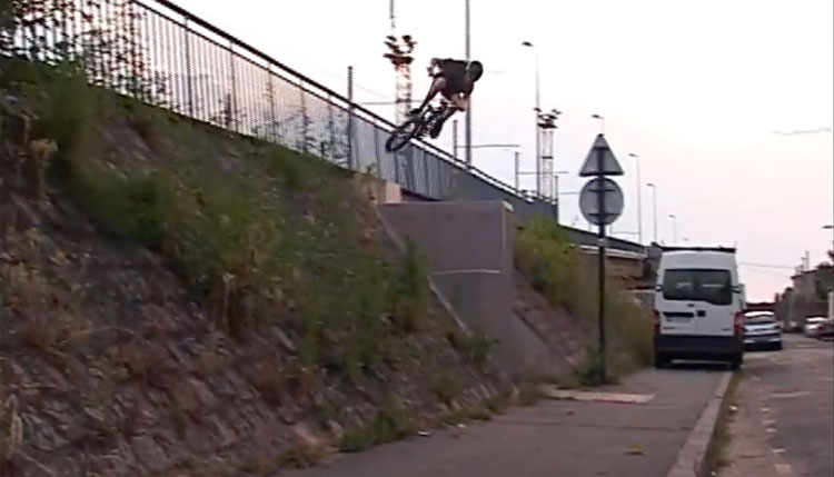 Alaric Streiff BMX video