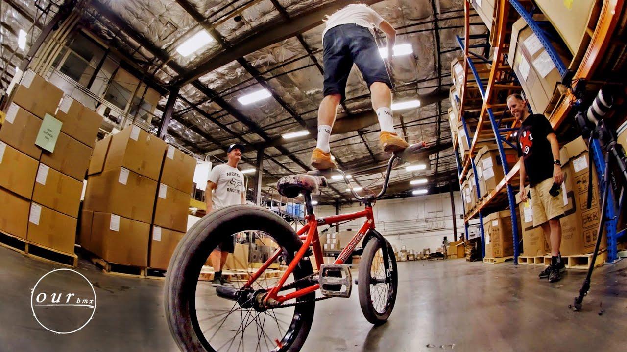 How To Handlebar Ride BMX bike Mike Hucker Clark