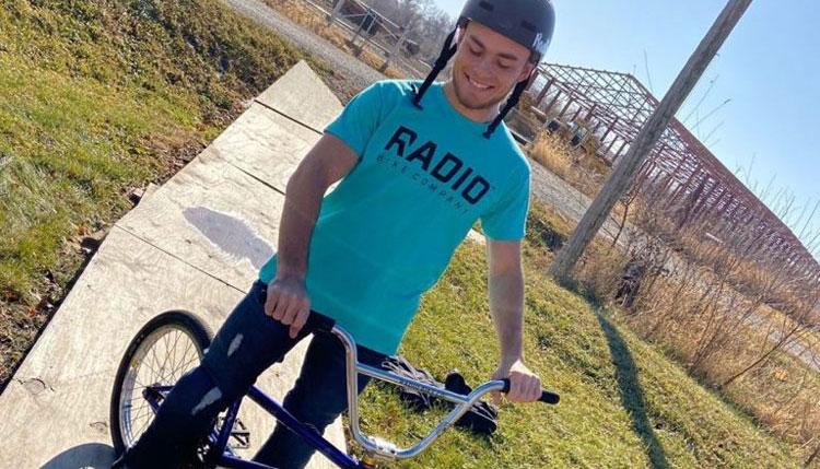 Jacob Thiem On Radio Bikes