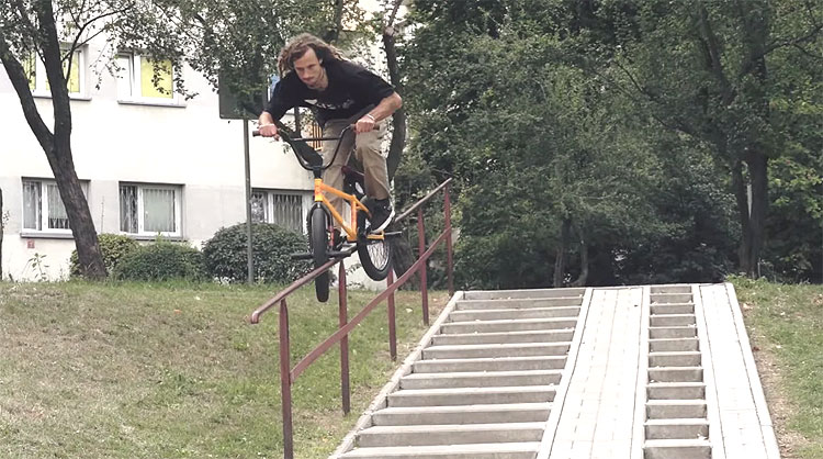 Joris Coulomb Warsaw Rising Raw BMX video