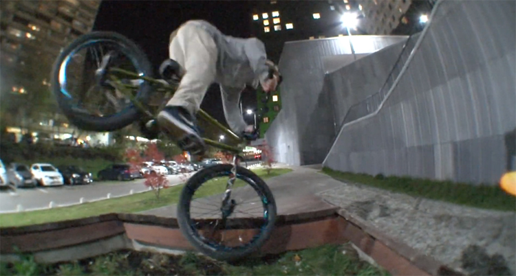 HHX Garbage Truck BMX video
