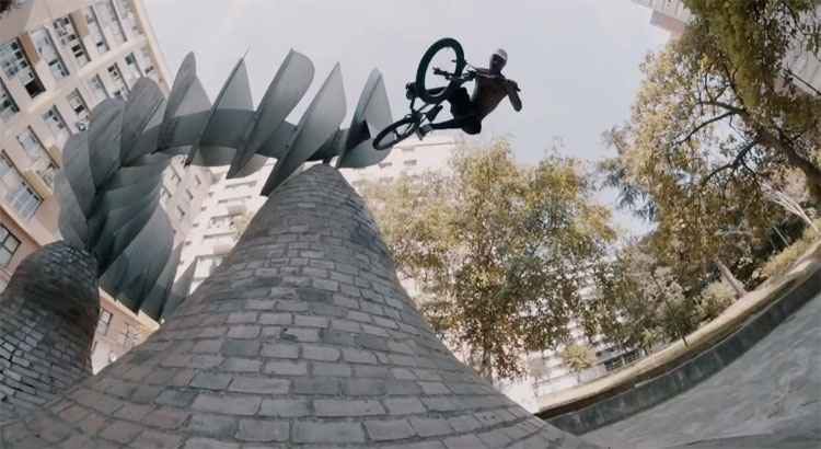 Alex Valentino MarieJade No Future BMX video