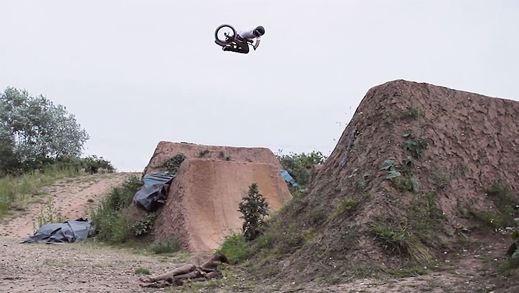 Sven Hackett 2020 BMX video