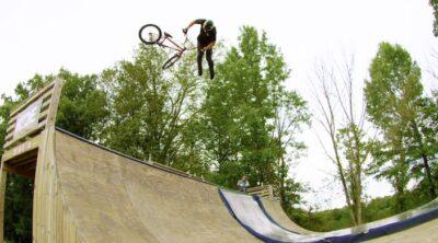 Marcus Christopher Backyard BMX video