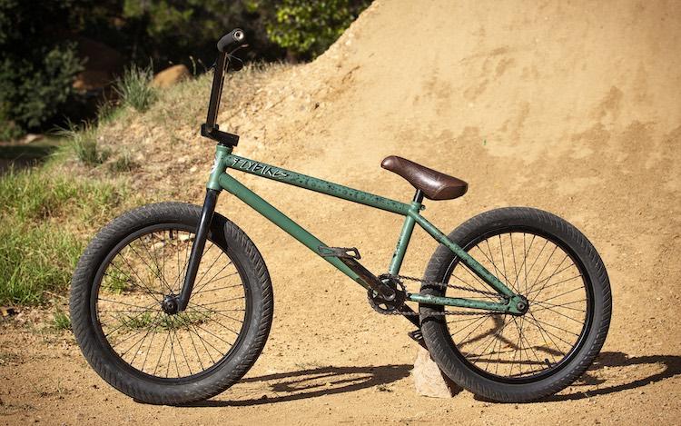 Teresa Azcoaga Bike Check BMX Flybikes