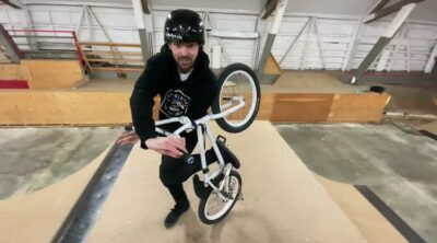 How To Invert on a BMX bike Mike Varga