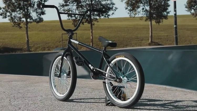 Logan Martin video bike check 2021