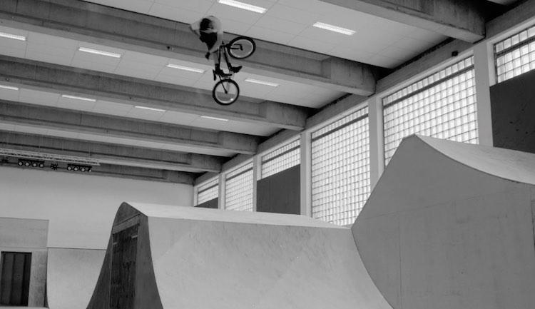 Soulcycle Sem Kok Denz van Lare BMX video